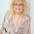 Kaz Lynch Master Practitioner Conscious Hypnotherapy / NLP, Diploma of Coaching, Practicing Matrix Therapies / mBraining.